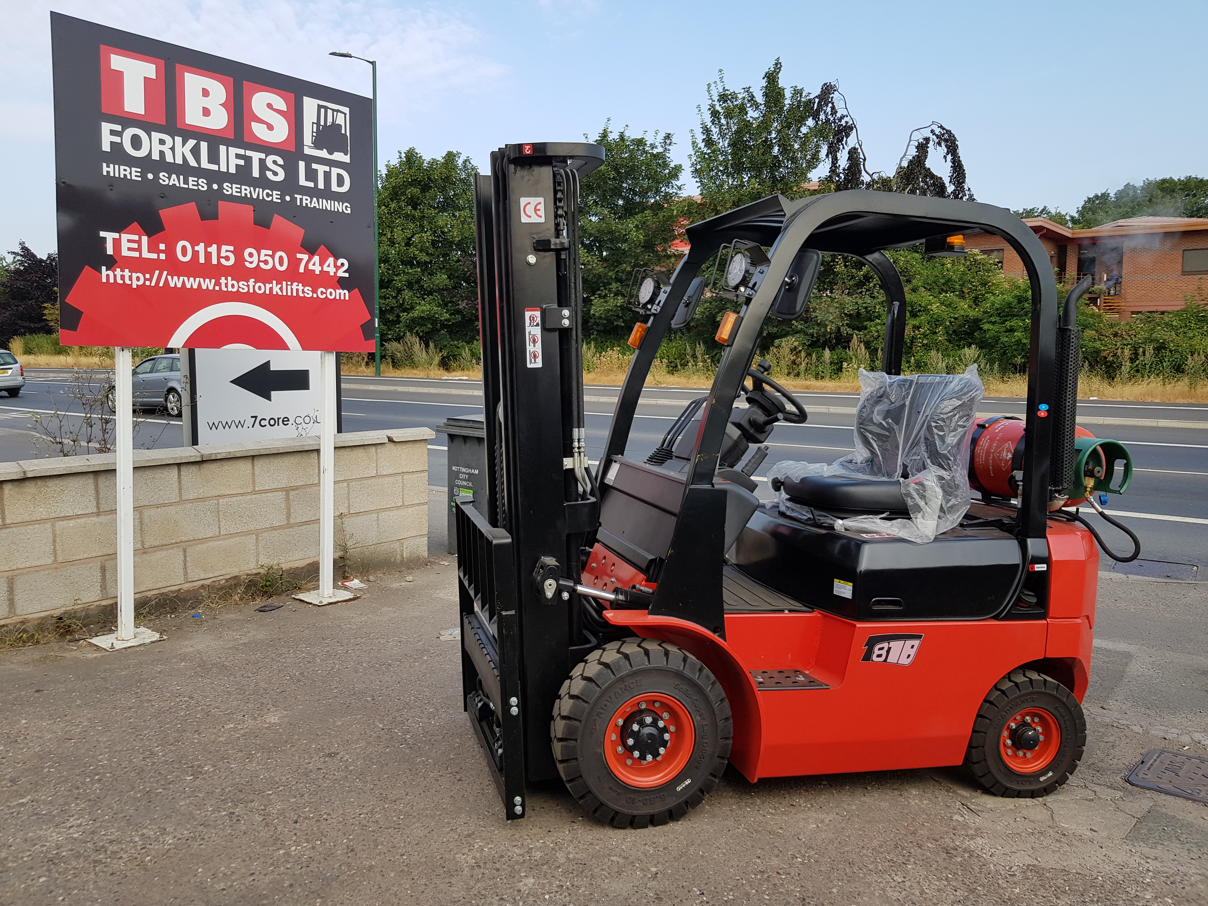 Forklift Main Picture